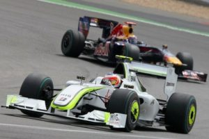 barrichello-brawngp-webber-red-bull-gp-germania-2009-436x291