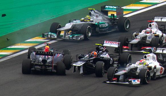 fastback - gp brasile 2012 senna colpisce vettel
