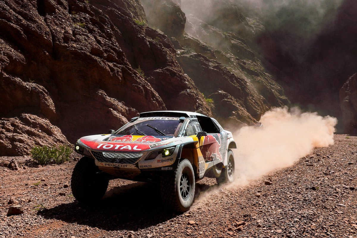 sebastien loeb sar alla dakar 2019 con una peugeot privata. Black Bedroom Furniture Sets. Home Design Ideas